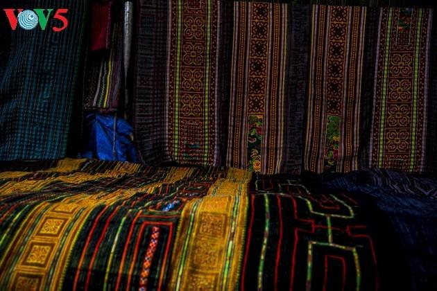 Chợ phiên Bắc Hà, những sắc màu văn hóa vùng cao - ảnh 15