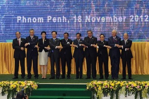 Thủ tướng Nguyễn Tấn Dũng tham dự các Hội nghị cấp cao với các đối tác  - ảnh 1