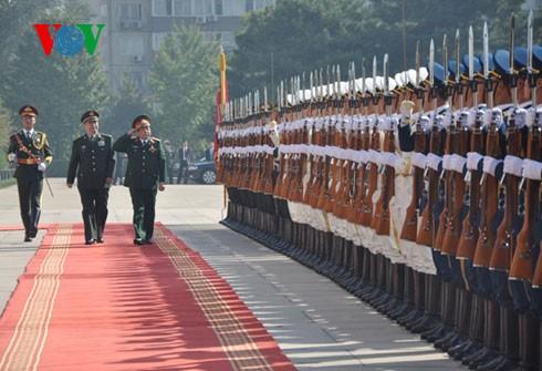 Tăng cường hợp tác giữa quân đội Việt Nam và Trung Quốc  - ảnh 1