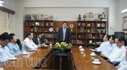 Bộ trưởng Bộ Quốc phòng Phùng Quang Thanh thăm Đại sứ quán Việt Nam tại Ấn Độ  - ảnh 1