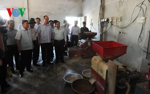 Chủ tịch Ủy ban Trung ương MTTQ Việt Nam Nguyễn Thiện Nhân khảo sát mô hình Hợp tác xã tại Hà Tĩnh - ảnh 1
