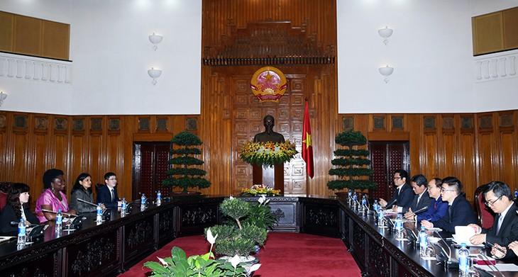 WB sẵn sàng hỗ trợ Việt Nam hoàn thành mục tiêu kinh tế - xã hội - ảnh 1