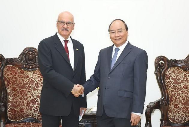Thủ tướng Nguyễn Xuân Phúc tiếp Tổng giám đốc OFID - ảnh 1