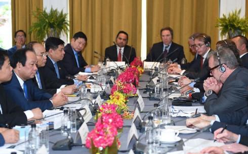 Thủ tướng Nguyễn Xuân Phúc mong muốn Hoa Kỳ trở thành đối tác thương mại lớn nhất của Việt Nam - ảnh 1