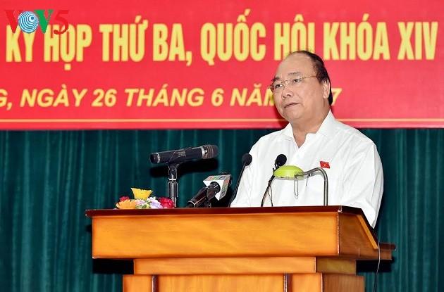 Thủ tướng Nguyễn Xuân Phúc tiếp xúc cử tri thành phố Hải Phòng - ảnh 2