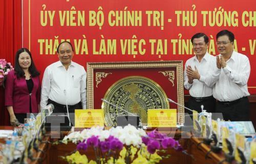 Thủ tướng Nguyễn Xuân Phúc làm việc với lãnh đạo chủ chốt tỉnh Bà Rịa-Vũng Tàu - ảnh 2