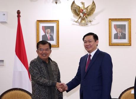 Việt Nam coi trọng Indonesia là đối tác quan trọng trong nội khối ASEAN  - ảnh 1
