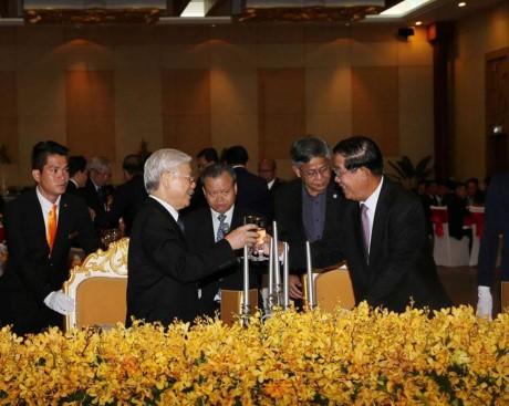 Ra sức củng cố, phát triển tình đoàn kết hữu nghị truyền thống và sự hợp tác toàn diện Việt Nam-CPC - ảnh 1