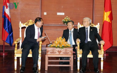 Tổng Bí thư Nguyễn Phú Trọng: Tăng cường hợp tác giữa các địa phương của Việt Nam và Campuchia - ảnh 1