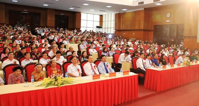 Phó Thủ tướng Phạm Bình Minh: Thanh Hóa tiếp tục thực hiện tốt chính sách với người có công - ảnh 1