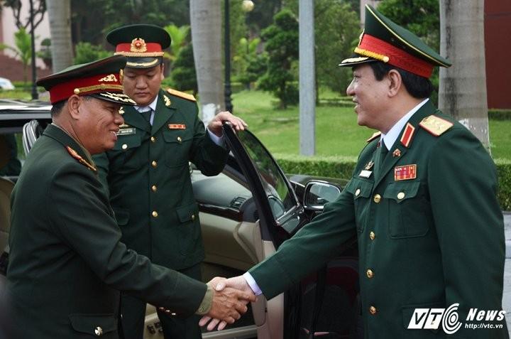 Tổng cục Chính trị QĐND Việt Nam và Tổng cục QĐND Lào tăng cường hợp tác, trao đổi kinh nghiệm - ảnh 1
