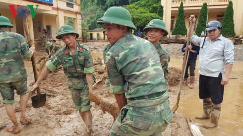 Dồn sức ổn định cuộc sống người dân bị lũ ở Yên Bái và Sơn La - ảnh 1