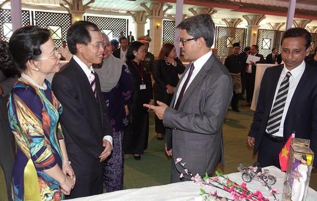 Kỷ niệm 50 năm ASEAN tại Dhaka - ảnh 3