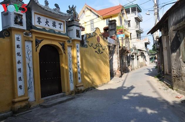 Nét kiến trúc truyền thống và kiến trúc Pháp ở làng Cự Đà - ảnh 4