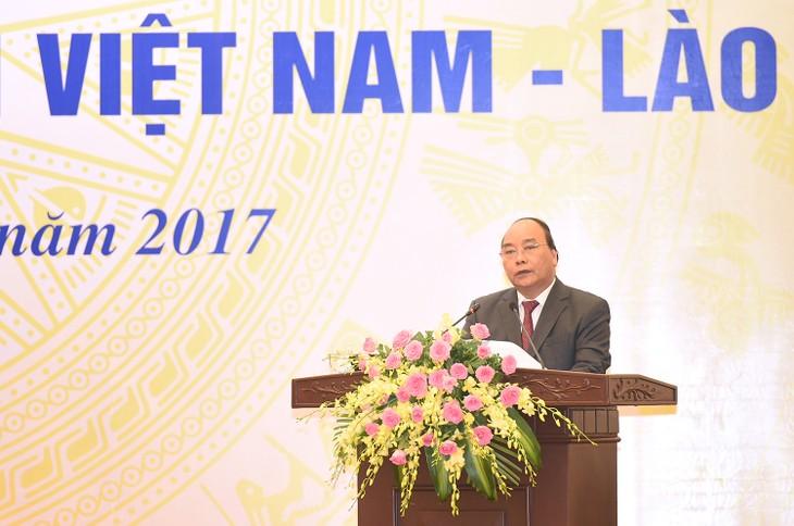 Biên giới ổn định và phát triển sẽ góp phần tăng cường và củng cố tình đoàn kết, gắn bó Việt-Lào - ảnh 1