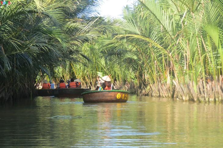 Phát triển du lịch sinh thái thân thiện tại khu du lịch rừng dừa Bảy Mẫu - ảnh 1