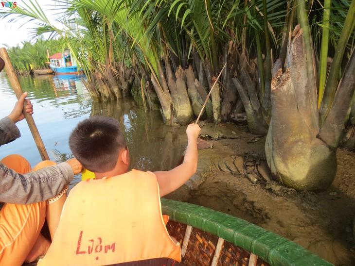 Phát triển du lịch sinh thái thân thiện tại khu du lịch rừng dừa Bảy Mẫu - ảnh 6