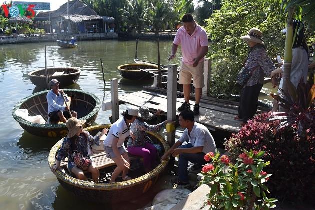 Phát triển du lịch sinh thái thân thiện tại khu du lịch rừng dừa Bảy Mẫu - ảnh 4