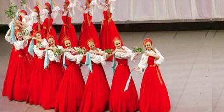 Đoàn Nghệ thuật múa hàn lâm quốc gia Nga biểu diễn tại Việt Nam - ảnh 1