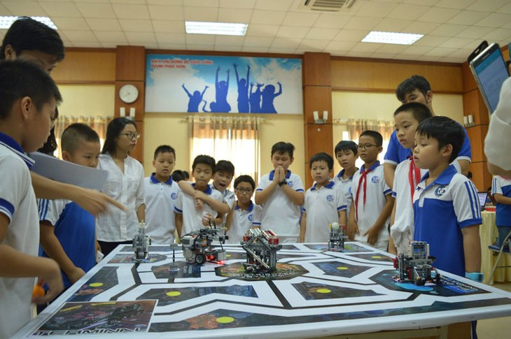 Ngày hội Robothon 2017 hướng học sinh đến vấn đề nóng về môi trường - ảnh 1