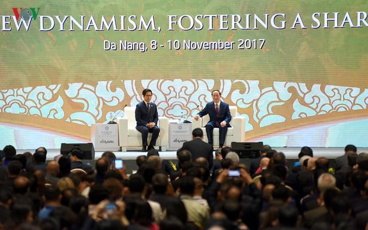 Khai mạc Hội nghị thượng đỉnh doanh nghiệp APEC 2017 (APEC CEO SUMIT 2017) - ảnh 1