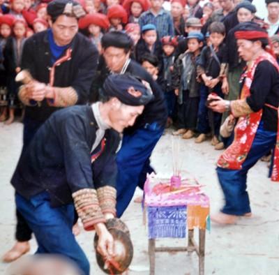 Độc đáo lễ cúng Bà Mụ của dân tộc Dao đỏ - ảnh 1