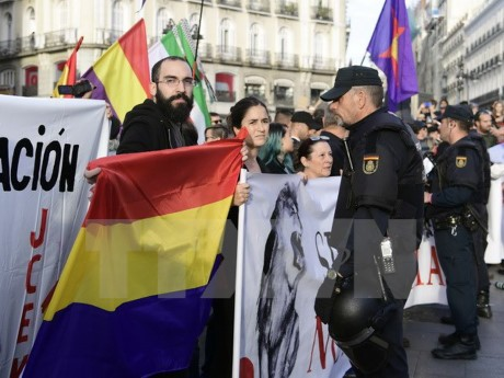 Spanish PM: Referendum on Catalonian independence illegal - ảnh 1