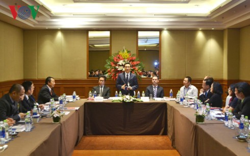 Deputy PM works with Vietnam Business Council for Sustainable Development - ảnh 1