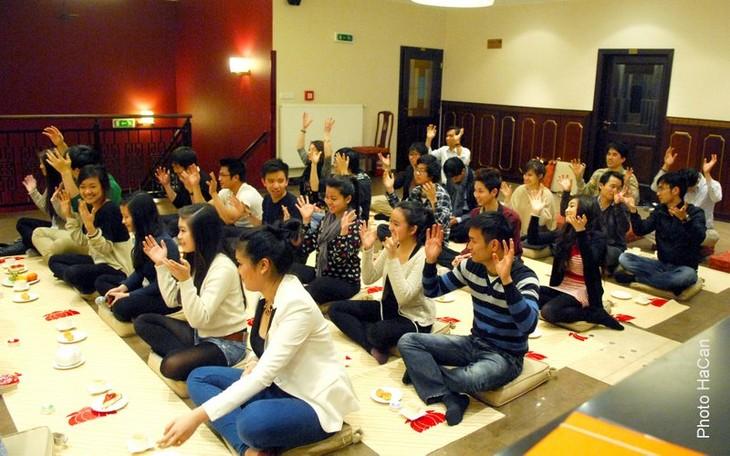 Tuổi trẻ kiều bào ở Cộng hòa Séc với đạo Phật - ảnh 5