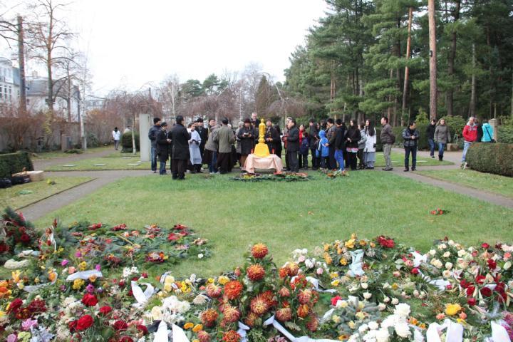 Ngày Tảo mộ tại Dresden - Cộng hòa Liên Bang Đức - ảnh 5