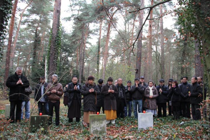 Ngày Tảo mộ tại Dresden - Cộng hòa Liên Bang Đức - ảnh 11