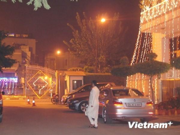 Tưng bừng Lễ hội Ánh sáng Ấn Độ Diwali tại Hà Nội - ảnh 1