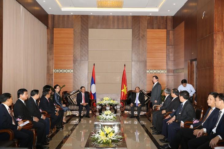 Ký kết Hiệp định thương mại biên giới giữa hai nước Việt Nam - Lào  - ảnh 1