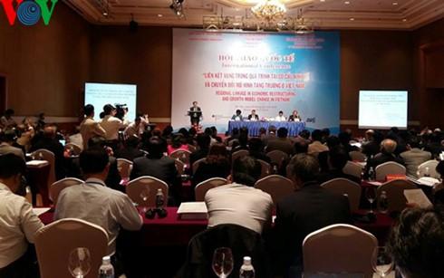 Hội thảo: Liên kết vùng trong quá trình tái cơ cấu kinh tế ở Việt Nam - ảnh 1