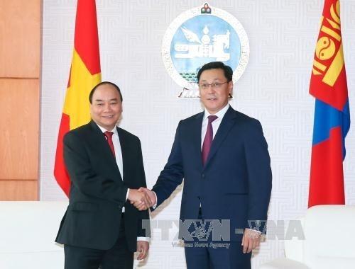 Hội đàm cấp cao Việt Nam - Mông Cổ - ảnh 1