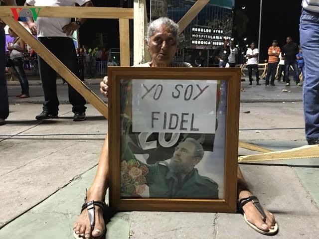 Hình ảnh lễ truy điệu Lãnh tụ Cuba Fidel Castro đầy cảm động - ảnh 7