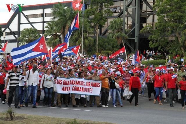 Hình ảnh lễ truy điệu Lãnh tụ Cuba Fidel Castro đầy cảm động - ảnh 9