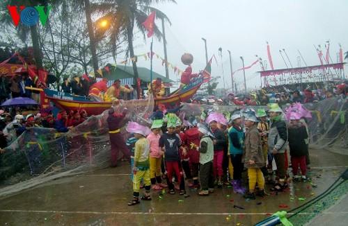 ปัจจัยวัฒนธรรมในงานเทศกาลต่างๆของเวียดนาม - ảnh 2