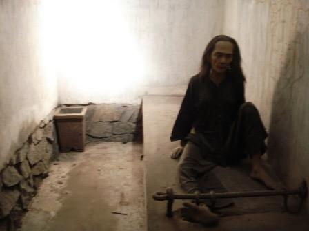 พิพิธภัณฑ์ร่องรอยสงครามกับความปรารถนาแห่งสันติภาพ - ảnh 3
