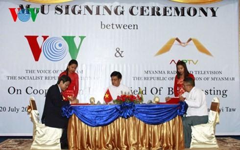 สถานีวิทยุเวียดนามผลักดันความร่วมมือกับเมียนมาร์และอินเดีย - ảnh 3