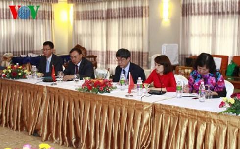 สถานีวิทยุเวียดนามผลักดันความร่วมมือกับเมียนมาร์และอินเดีย - ảnh 4