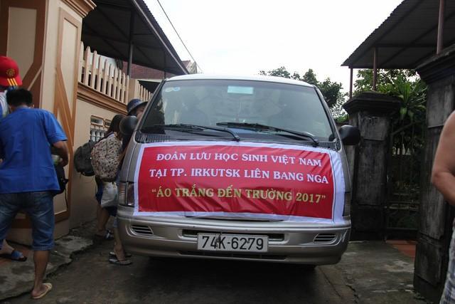 Du học Việt tại Nga xây công trình, tu bổ trường học ở bản Rào Con, Quảng Bình - ảnh 1