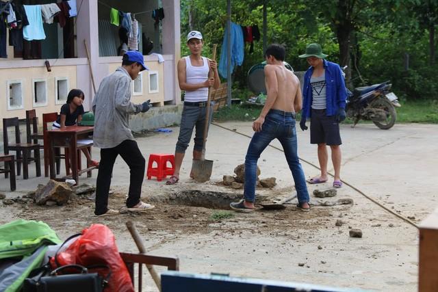 Du học Việt tại Nga xây công trình, tu bổ trường học ở bản Rào Con, Quảng Bình - ảnh 7