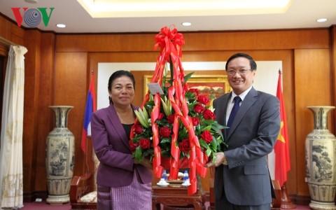 Lãnh đạo các Bộ, ngành của Lào chúc mừng 72 năm Ngày Quốc khánh Việt Nam - ảnh 1