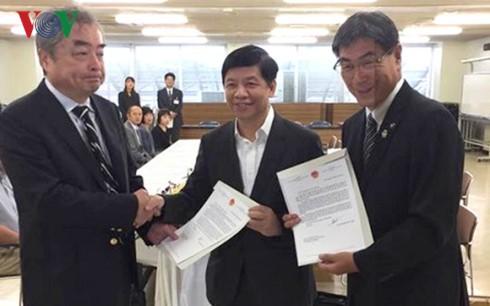 Đại sứ Việt Nam tại Nhật Bản hỗ trợ thực tập sinh điều trị bệnh - ảnh 2