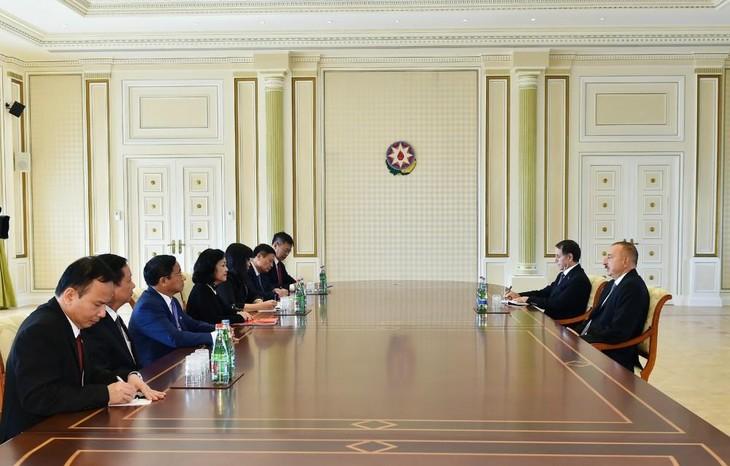 Đoàn đại biểu Đảng Cộng sản Việt Nam thăm làm việc Azerbaijan - ảnh 1