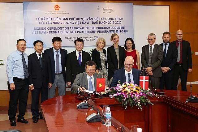Thành phố Hồ Chí Minh và Đan Mạch thúc đẩy hợp tác phát triển năng lượng sạch - ảnh 1