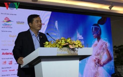Lễ hội thời trang và công nghệ  tại thành phố Hồ Chí Minh - ảnh 1