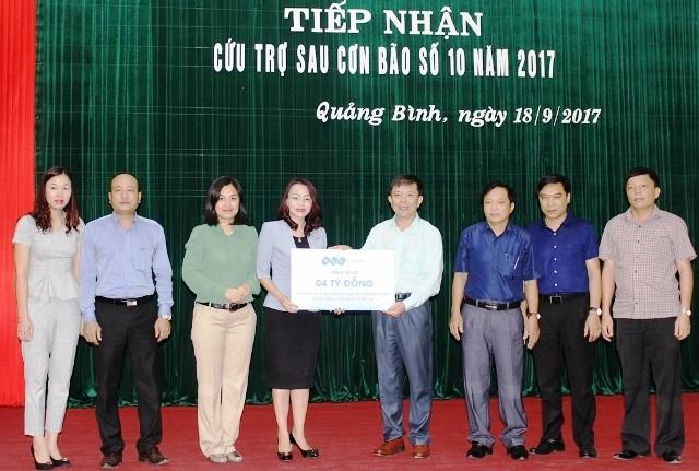 Hội chữ Thập đỏ Việt Nam gây quỹ được hơn 20 tỷ đồng ủng hộ 6 tỉnh miền Trung bị bão lũ - ảnh 3