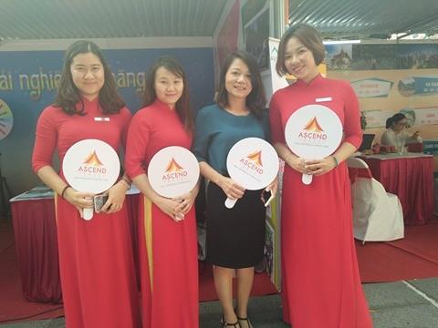 Tưng bừng Ngày hội tư vấn du lịch Viet travel 2017 - ảnh 3